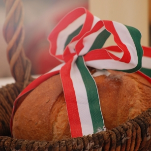 Hungarian_bread